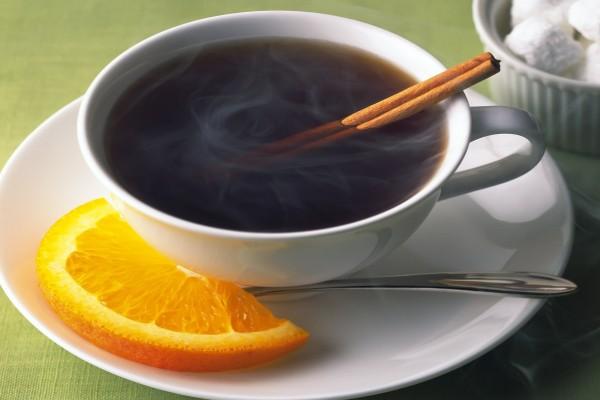Té con aroma de naranja y canela