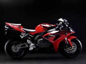 Postal: Honda CBR