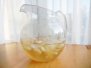 Jarra de té con hielos