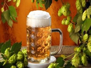 Una gran jarra de cerveza