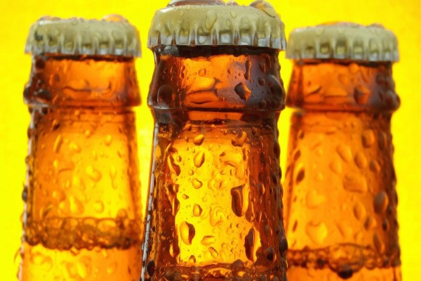Tres botellines de cerveza