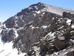 Cara norte del Mulhacén, desde la pista de Sierra Nevada (España)