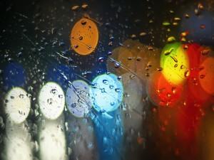 Postal: Gotas de lluvia sobre un vidrio