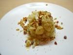 Coliflor con frutos secos y semillas de amapola
