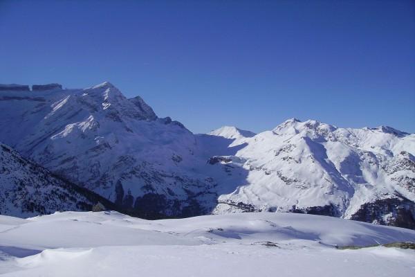 Vista de la Brecha de Rolando, en el macizo del Monte Perdido
