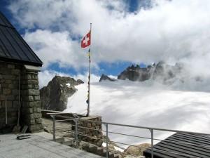 Cabaña en el glaciar Trient (Suiza)