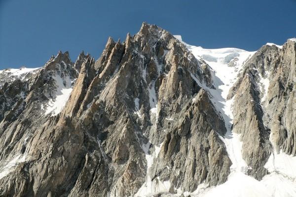 """Las """"Agujas del Diablo"""" vistas desde el Glaciar del Gigante"""