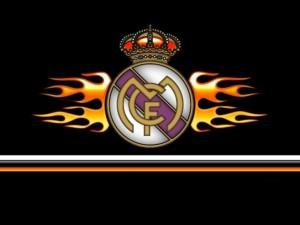 Escudo del Real Madrid en llamas