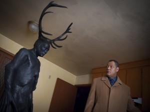 "Jack Crawford (Laurence Fishburne) en ""Hannibal"""