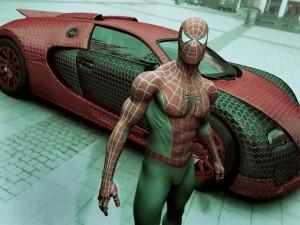 El hombre araña y su coche