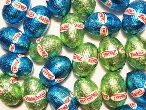 Postal: Huevos de chocolate