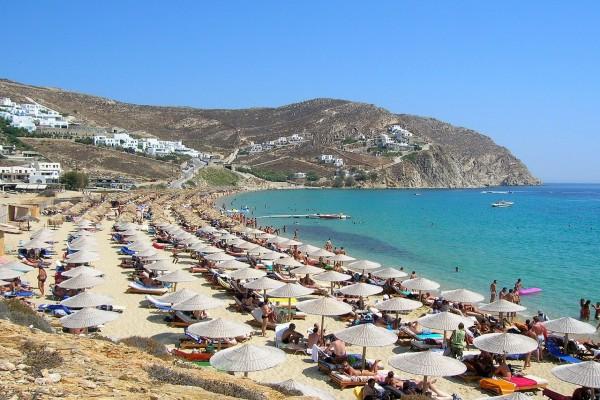 Playa en la isla griega de Mykonos