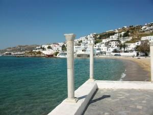Columnas a pie de playa, Míkonos, Grecia