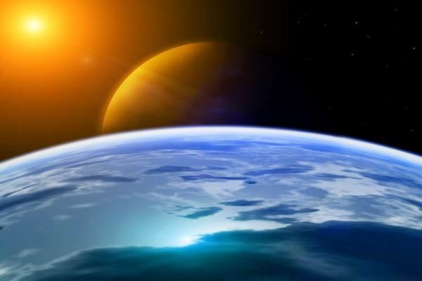 El Sol iluminando los planetas