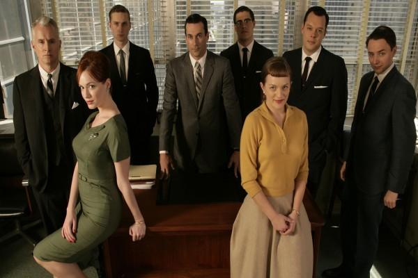 """Trabajadores de la agencia """"Sterling Cooper"""""""