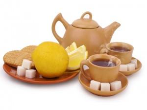Postal: Té, limones y azucarillos