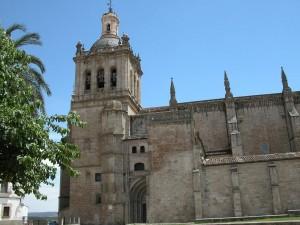Postal: Vista exterior de la Catedral de Coria