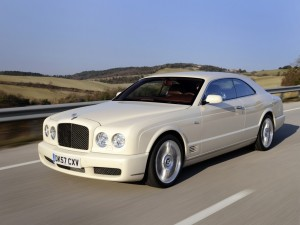 Postal: Bentley blanco