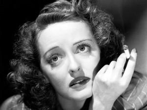 La actriz Bette Davis