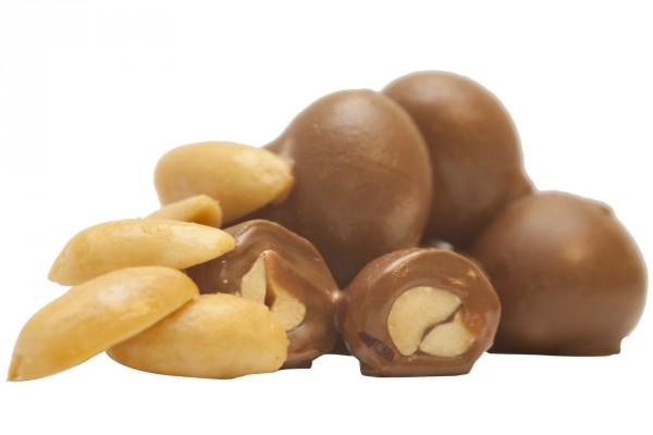 Cacahuetes recubiertos de chocolate