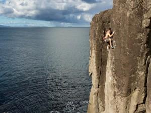 Escalando un acantilado