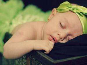 Postal: Bebé durmiendo
