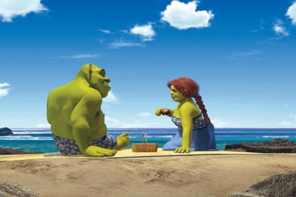 Shrek y Fiona en la playa