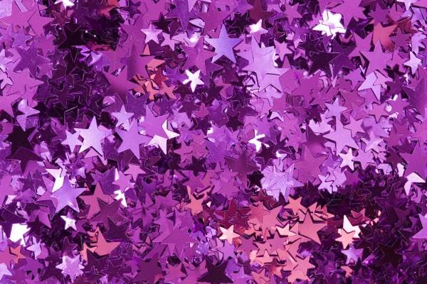 Estrellas moradas y rosas