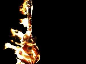 Guitarra eléctrica en llamas
