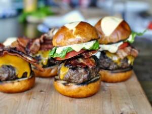 Postal: Pequeñas hamburguesas