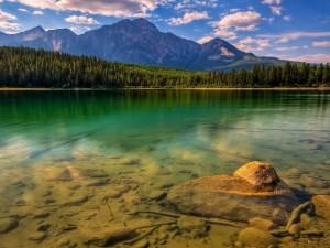 Postal: Lago de Jasper