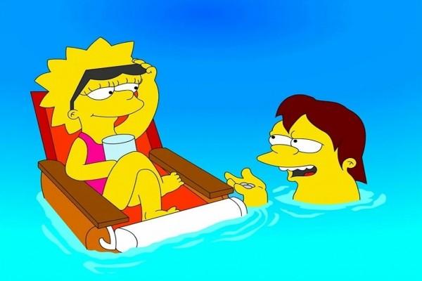 Lisa y Nelson en la piscina