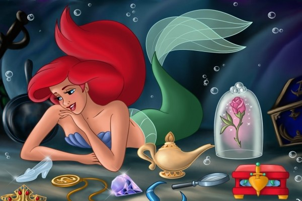 La Sirenita con sus tesoros