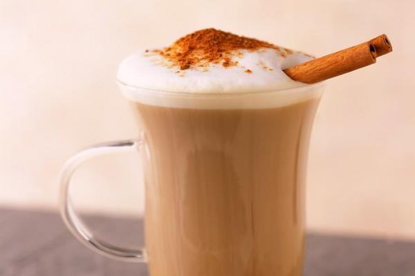 Café con leche y canela