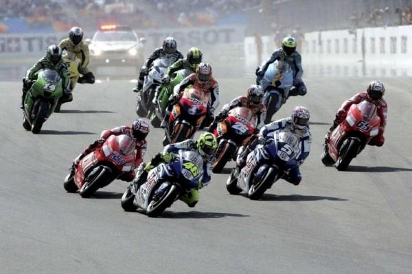 Carrera de Moto GP