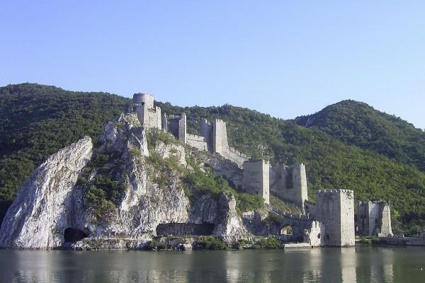 Fuerte Golubac (Golubacki Grad) en Serbia