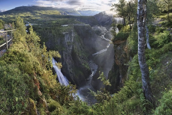 Fiordo en el municipio de Eidfjord (Noruega)