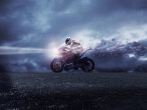 Postal: Velocidad en moto