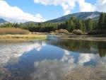 Río Tuolumne en el Parque Nacional de Yosemite (California, Estados Unidos)
