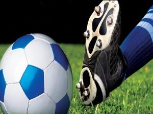 Postal: Balón y zapatilla de fútbol