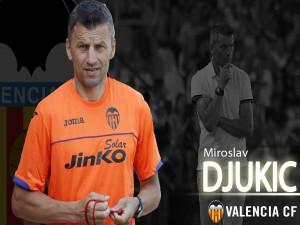 Postal: Djukic, Valencia CF
