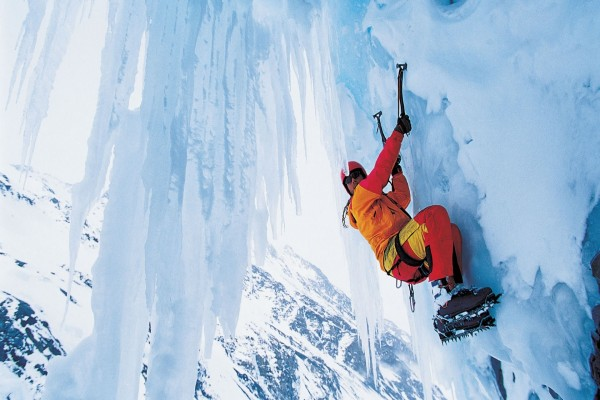 Escalando en hielo