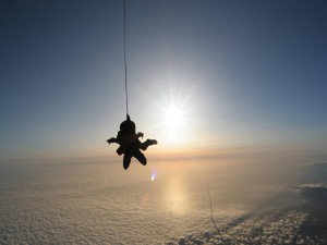 Caída sobre las nubes