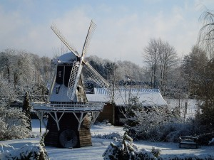 Molino de viento De Lelie en Aalten (Países Bajos)