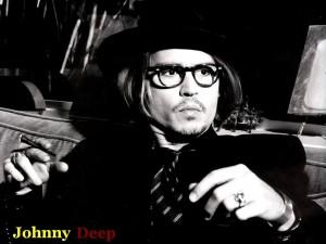 Johnny Depp fumando