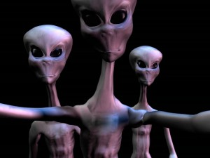 Postal: 3 aliens