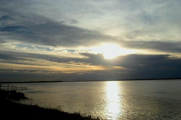 Río Paraná al atardecer (Argentina)