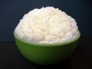 Cuenco verde con arroz