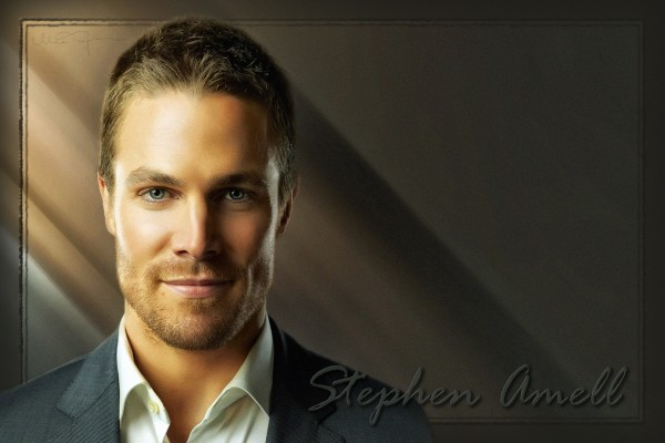 El actor Stephen Amell