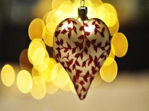 Postal: Colgante en forma de corazón